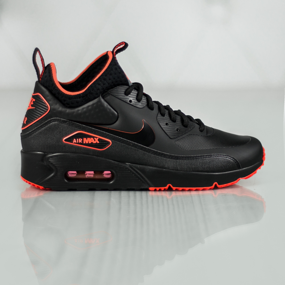 nike air max 90 ultra mid winter se aa4423 001 black. Black Bedroom Furniture Sets. Home Design Ideas