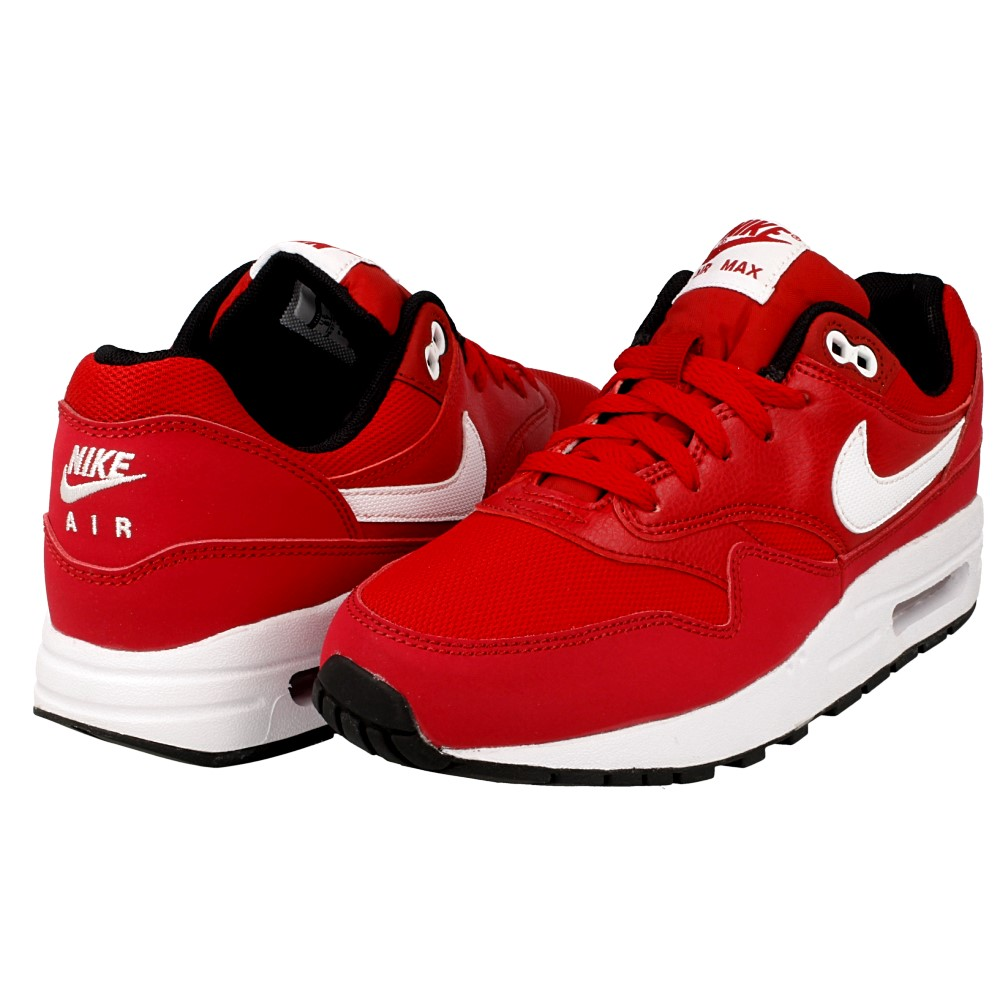 Sneakerhead Alert: The Original Nike Air Max 1 Returns The Daily