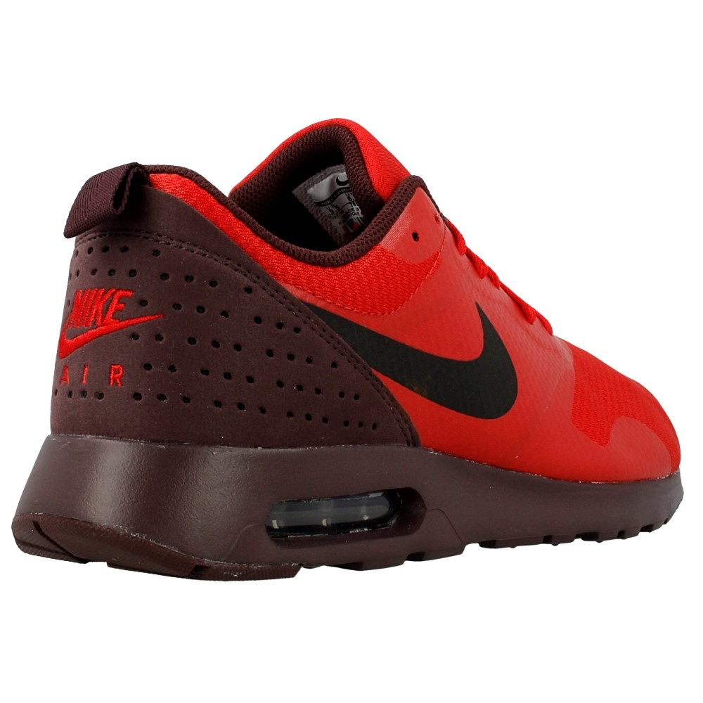 nike air max tavas 705149 601 black red en. Black Bedroom Furniture Sets. Home Design Ideas