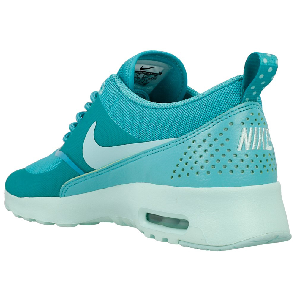 nike wmns air max thea 599409 408 light green green. Black Bedroom Furniture Sets. Home Design Ideas